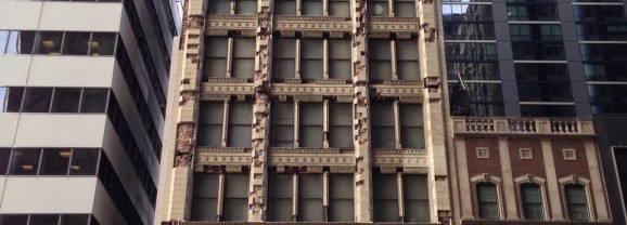Michigan Avenue High Rise About to Lose Its Head