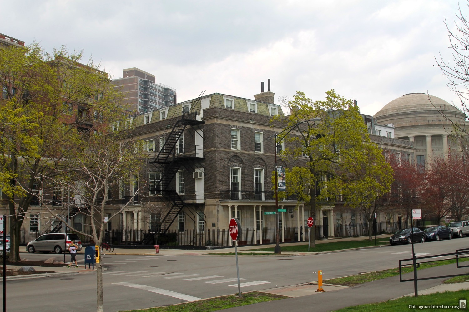 Lakeview Avenue Row House District