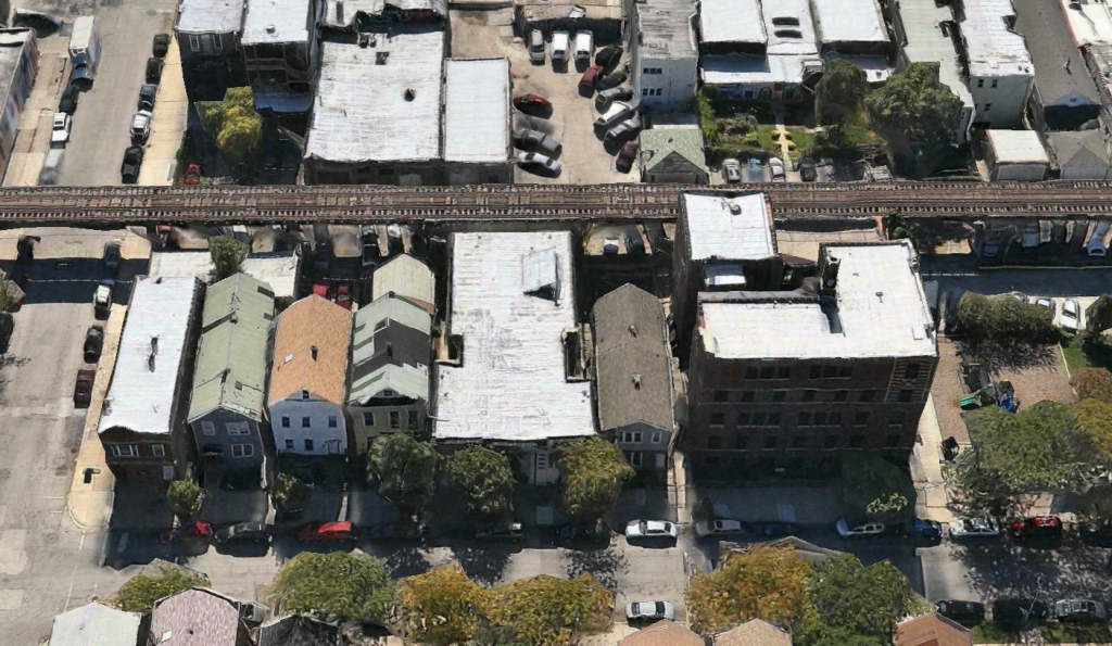 Apple Maps image of the Simon Baruch Bathhouse at 1911 West Cullerton
