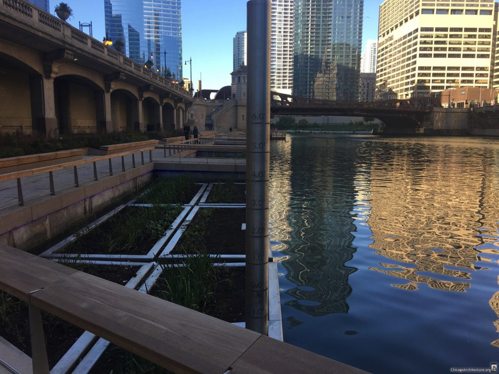 Downtown Chicago Riverwalk (Courtesy of Ian Achong)