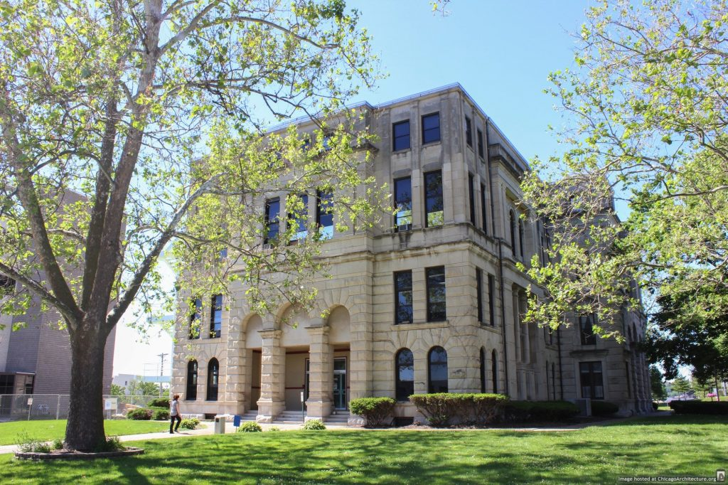 The old Rock Island County Courthouse (Courtesy of Landmarks Illinois)