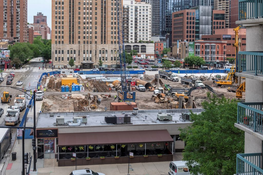 One Chicago under construction (Courtesy of Joe Zekas/YoChicago!)