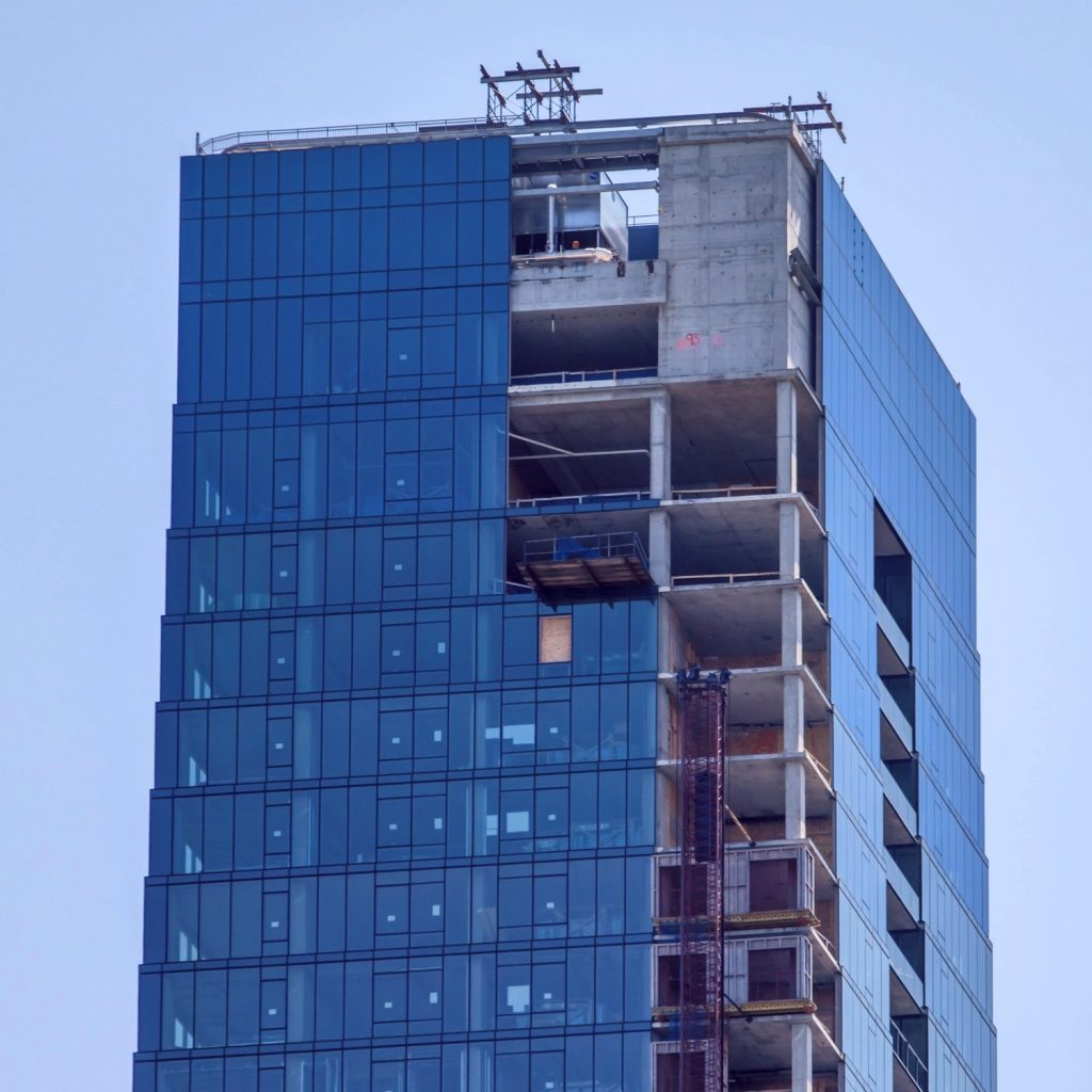 Vista Tower under construction (June 2020, courtesy of YoChicago!)