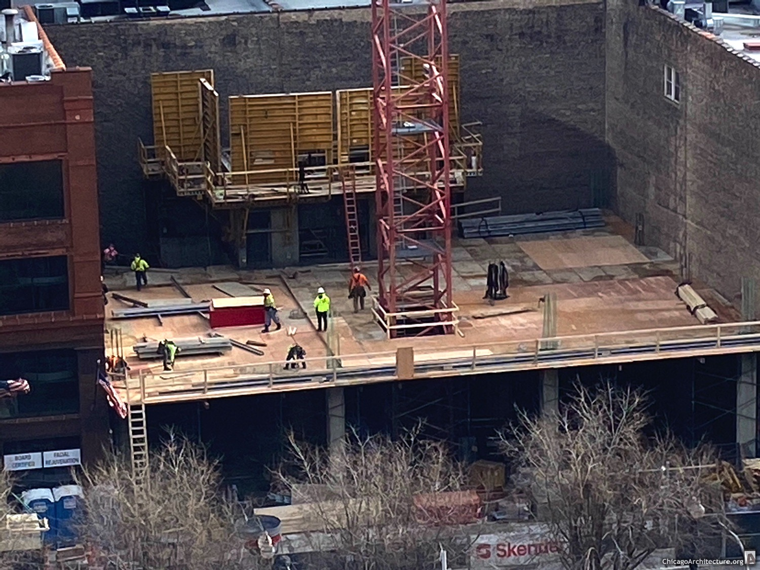 601 West Randolph under construction in March, 2021. (Courtesy of West Loop Spy Kurt.)
