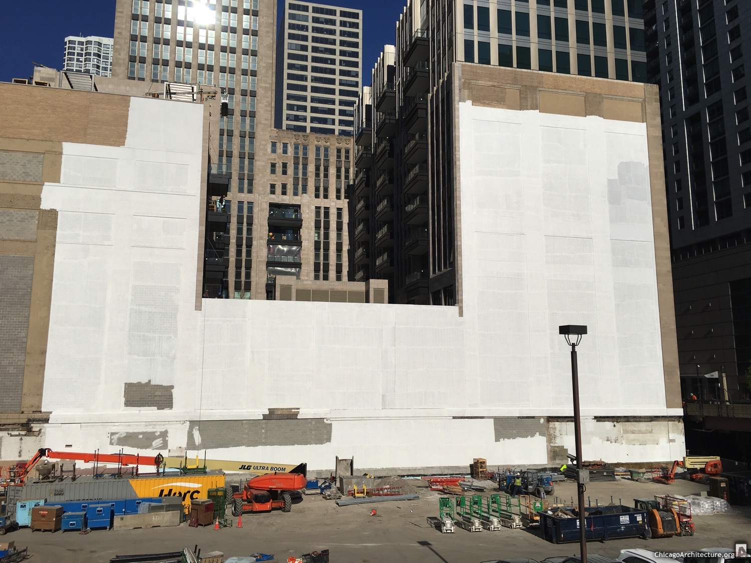 Construction at Tribune Tower in May, 2021. (Courtesy of Streeterville Spy Jody.)